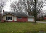 Foreclosed Home en ULRICH ST, Clinton Township, MI - 48036