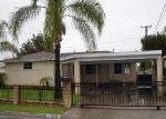 Foreclosed Home en N FAIRVALE DR, Azusa, CA - 91702