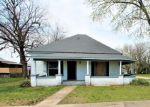 Foreclosed Home en E DELAWARE ST, Siloam Springs, AR - 72761