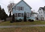 Foreclosed Home en FAIRVIEW AVE, Chicopee, MA - 01013