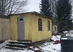Foreclosed Home en E TRAIL SE, Kalkaska, MI - 49646