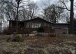 Foreclosed Home en WIMBLEDON WAY, Bella Vista, AR - 72715