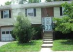 Foreclosed Home en EDGELEA DR, Chambersburg, PA - 17201