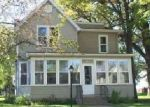 Foreclosed Home en N CRYSTAL ST, Lake Crystal, MN - 56055
