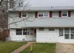 Foreclosed Home en TENNYSON ST, Carteret, NJ - 07008