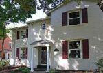 Foreclosed Home en KENWOOD BLVD, Toledo, OH - 43606