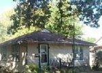 Foreclosed Home en N OAK ST, Garnett, KS - 66032