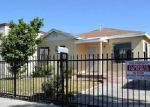 Foreclosed Home en E 83RD ST, Los Angeles, CA - 90003
