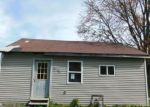 Foreclosed Home en W MCDONALD ST, Hartford City, IN - 47348