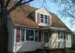Foreclosed Home en E ST, Millville, NJ - 08332