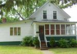 Foreclosed Home en HUNT ST, Saint Albans, VT - 05478