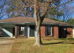 Foreclosed Home in EMBASSY CIR, Horn Lake, MS - 38637