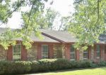 Foreclosed Home en WOODSIDE DR, Athens, AL - 35613