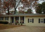 Foreclosed Home en WINDAMERE DR, Little Rock, AR - 72209