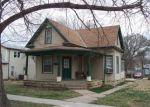 Foreclosed Home en N D ST, Herington, KS - 67449