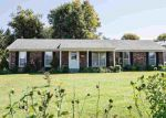 Foreclosed Home en S LOGSDON PKWY, Radcliff, KY - 40160