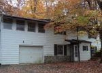 Foreclosed Home en BLACK OAK RD, Harpers Ferry, WV - 25425