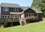Foreclosed Home en GRAY FOX DR, Oakboro, NC - 28129