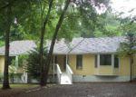 Foreclosed Home en CHEROKEE WAY, Acworth, GA - 30102
