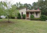 Foreclosed Home en RAINTREE DR, Irmo, SC - 29063