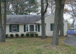 Foreclosed Home en STARK DR, Willoughby Hills, OH - 44094