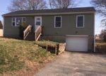 Foreclosed Home en FRANCA DR, Bristol, RI - 02809