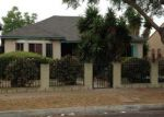 Foreclosed Home en W 108TH ST, Los Angeles, CA - 90047