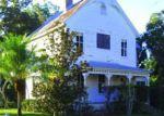 Foreclosed Home en S DESOTO ST, Tampa, FL - 33616