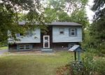 Foreclosed Home en GAUTHIER AVE, Danielson, CT - 06239