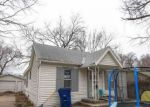 Foreclosed Home en N PARK PL, Wichita, KS - 67204