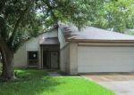 Foreclosed Home en RANCHO BLANCO DR, Houston, TX - 77083