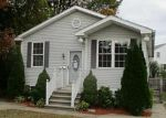 Foreclosed Home en LINK ST, North Providence, RI - 02911