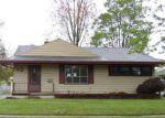 Foreclosed Home en STOCKFORD DR, Adrian, MI - 49221