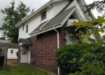 Foreclosed Home en DIAGONAL RD, Akron, OH - 44320