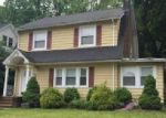 Foreclosed Home en CLAIRMONT TER, Orange, NJ - 07050