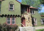 Foreclosed Home en FARWELL PL, Minneapolis, MN - 55411
