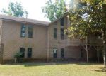 Foreclosed Home en KELLOGG CREEK RD, Acworth, GA - 30102