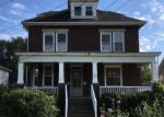 Foreclosed Home en LINCOLN AVE, Burgettstown, PA - 15021