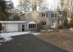 Foreclosed Home en PERRY DR, Ewing, NJ - 08628