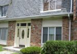 Foreclosed Home en SANDRA DR, University Park, IL - 60484