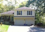 Foreclosed Home en AMES RD, Jewett City, CT - 06351