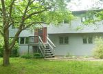 Foreclosed Home en HAMMET RD, Coventry, RI - 02816