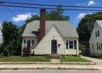 Foreclosed Home en WILLETT AVE, Riverside, RI - 02915