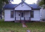 Foreclosed Home en E 4TH ST, Sedalia, MO - 65301