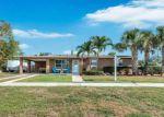 Foreclosed Home en GREENBRIER DR, Lake Worth, FL - 33461