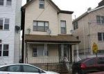 Foreclosed Home en 28TH ST, Union City, NJ - 07087