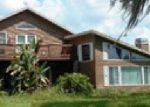 Foreclosed Home en LAKESIDE DR, Seffner, FL - 33584