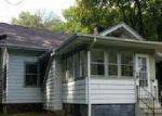 Foreclosed Home en 3RD ST, East Moline, IL - 61244