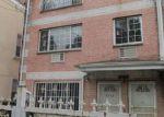 Foreclosed Home en CARPENTER AVE, Bronx, NY - 10466