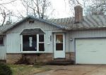 Foreclosed Home en SE MORLAN AVE, Gresham, OR - 97080